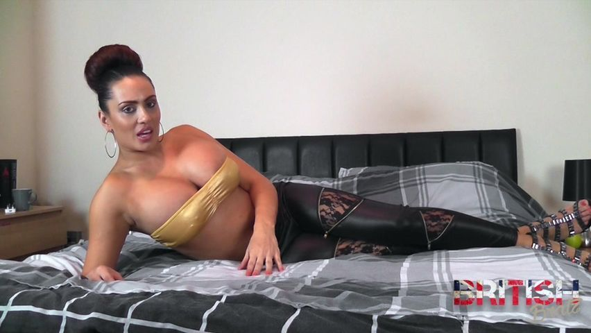 apologise, busty hot housewife consider, that you