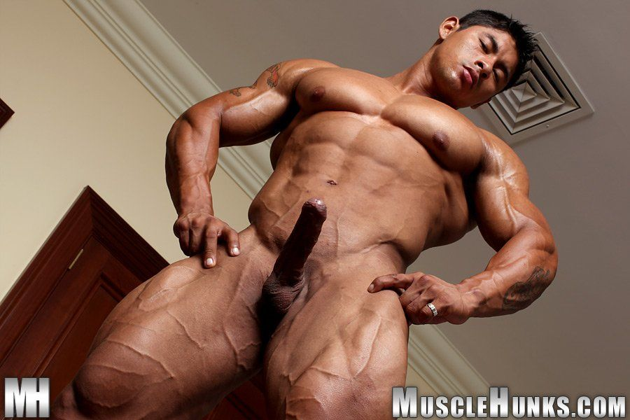 Protein recommendet Asian naked bodybuilder men