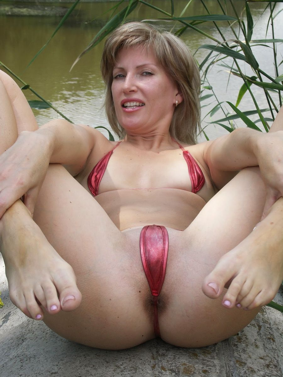 Milf taking black cock semen