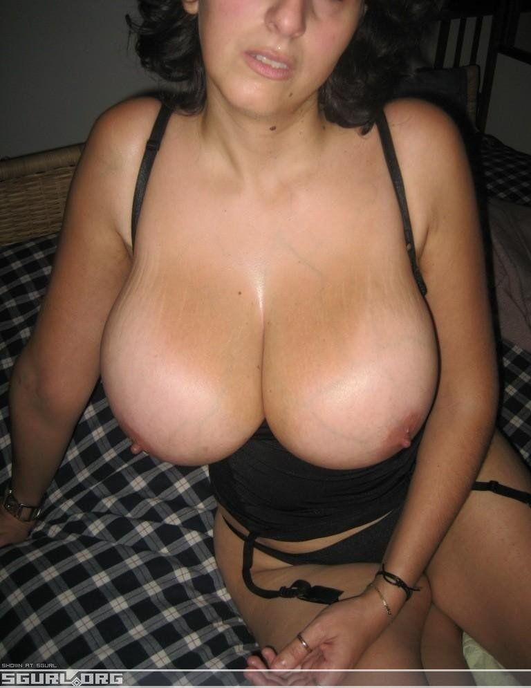 Captain H. reccomend Amatuer natural tit milfs