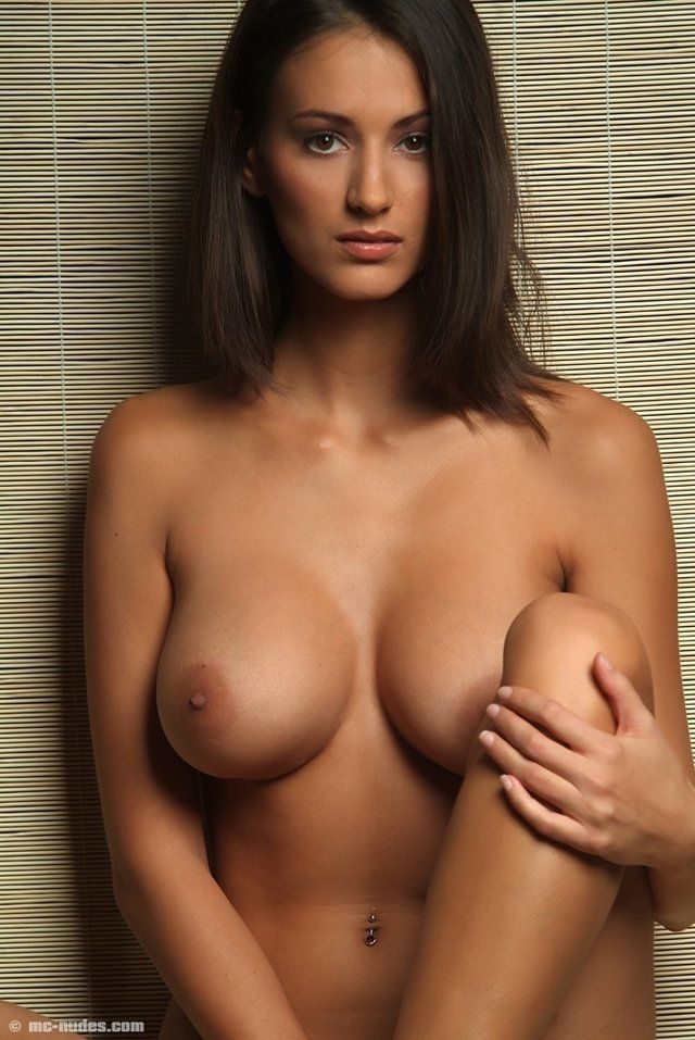 Argentina nude girl pict
