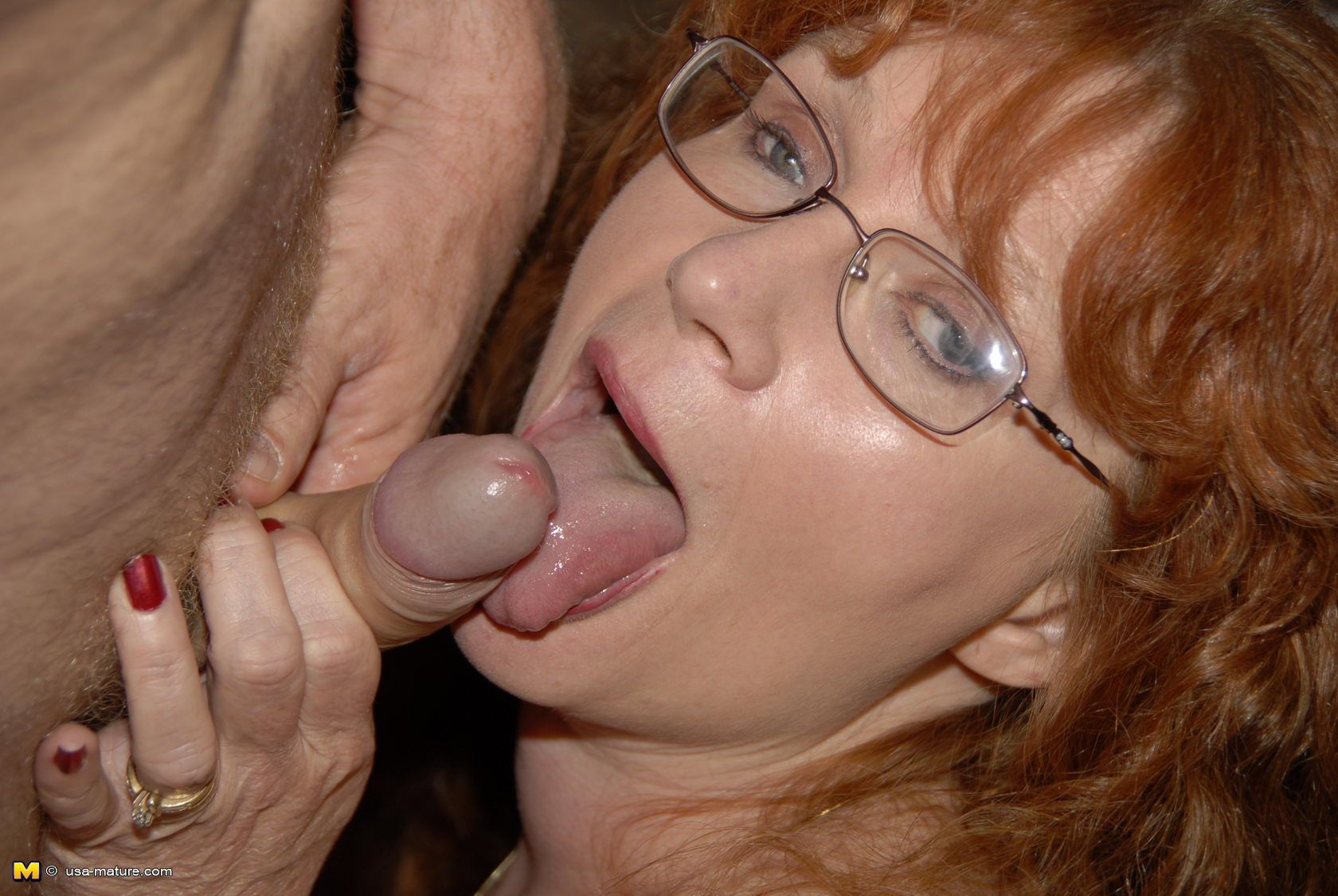 entertaining message redhead babe on hot shemale giving a nice head sorry, does not