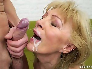 White L. reccomend Old woman cumshot facials