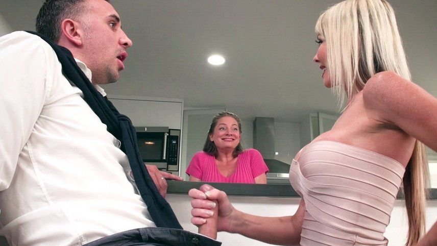 BANGBROS - Black Step Sister Maya Bijou Fucks Brother Juan El Caballo Loco.