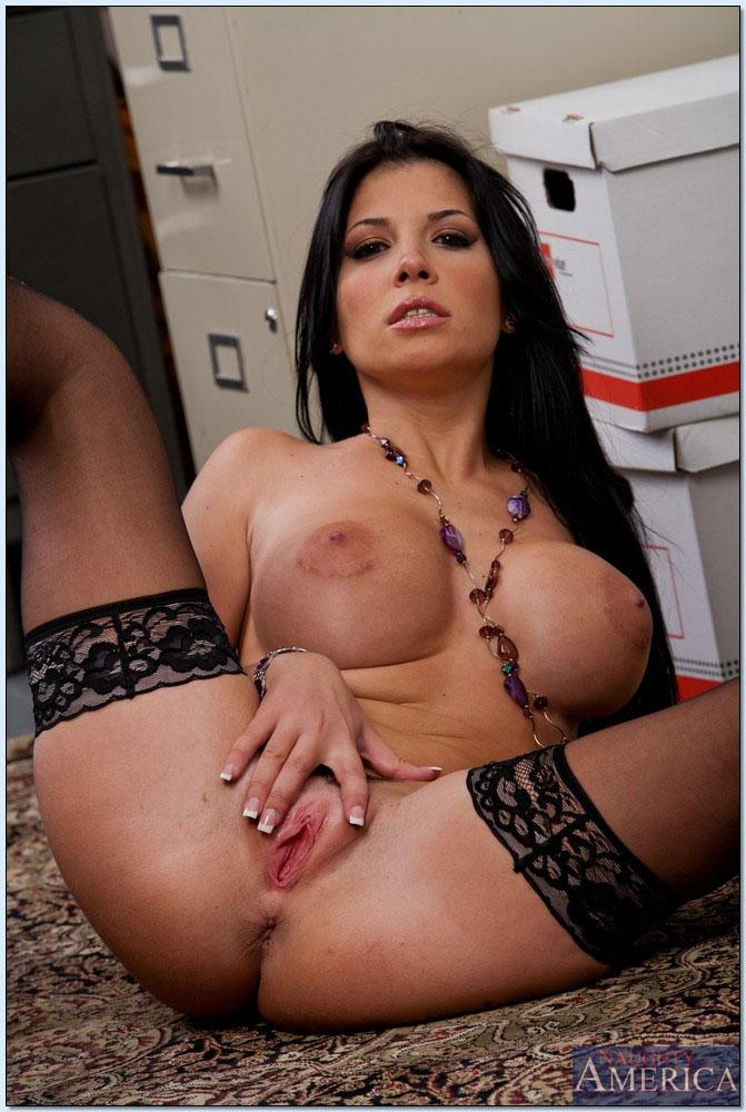 rebeca linares naked