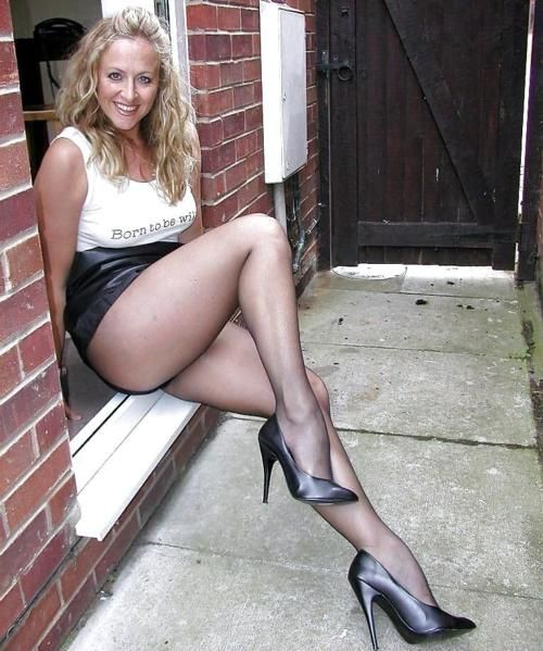 Abbot recommendet cougar pantyhose