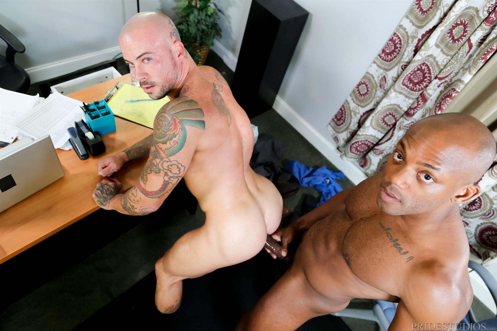 Black cock crempie and lick sexy here