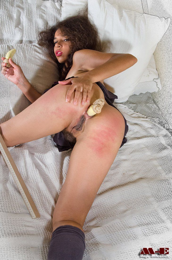 Little Victorian girl after spanking and ginger ass pain.