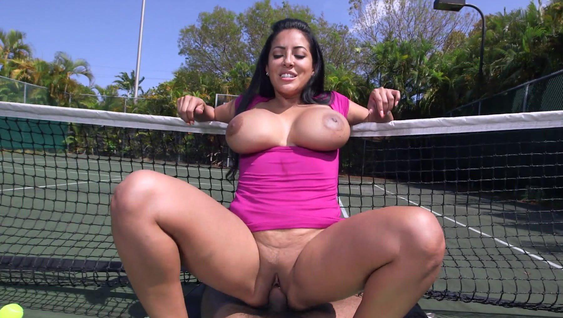 Horny milf butt naked