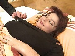 Tango recommendet Busty curvy brunette in mayokini