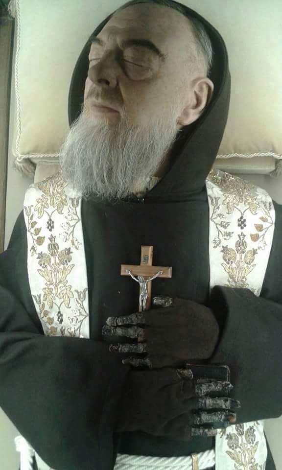 VP reccomend Funeral del padre pio