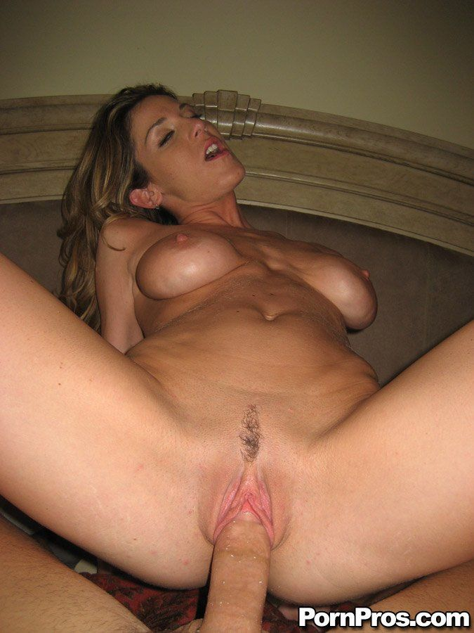 Huge dildo penetrations insertions stephcleo