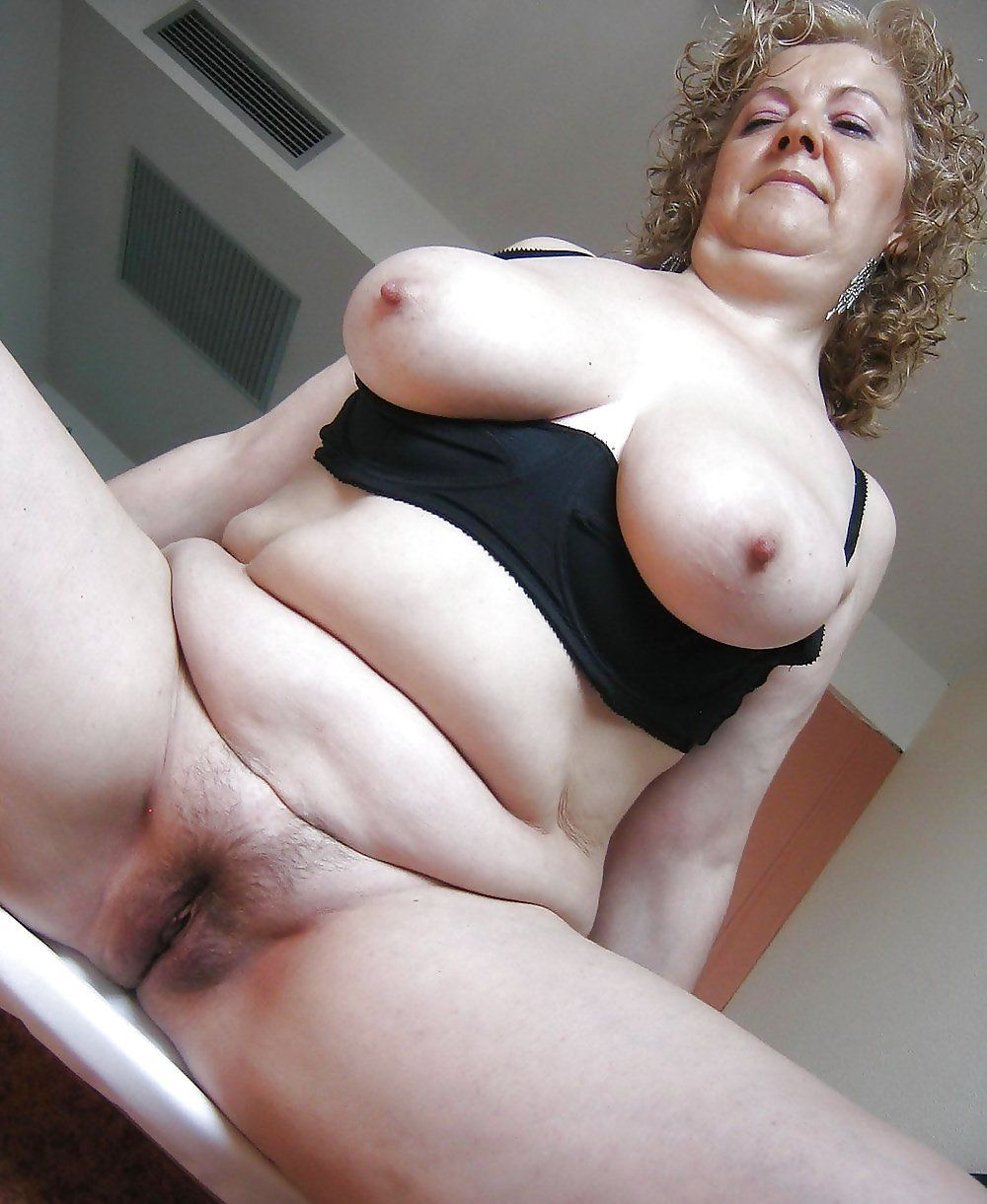 Chubby tits hairy pussy-sex archive