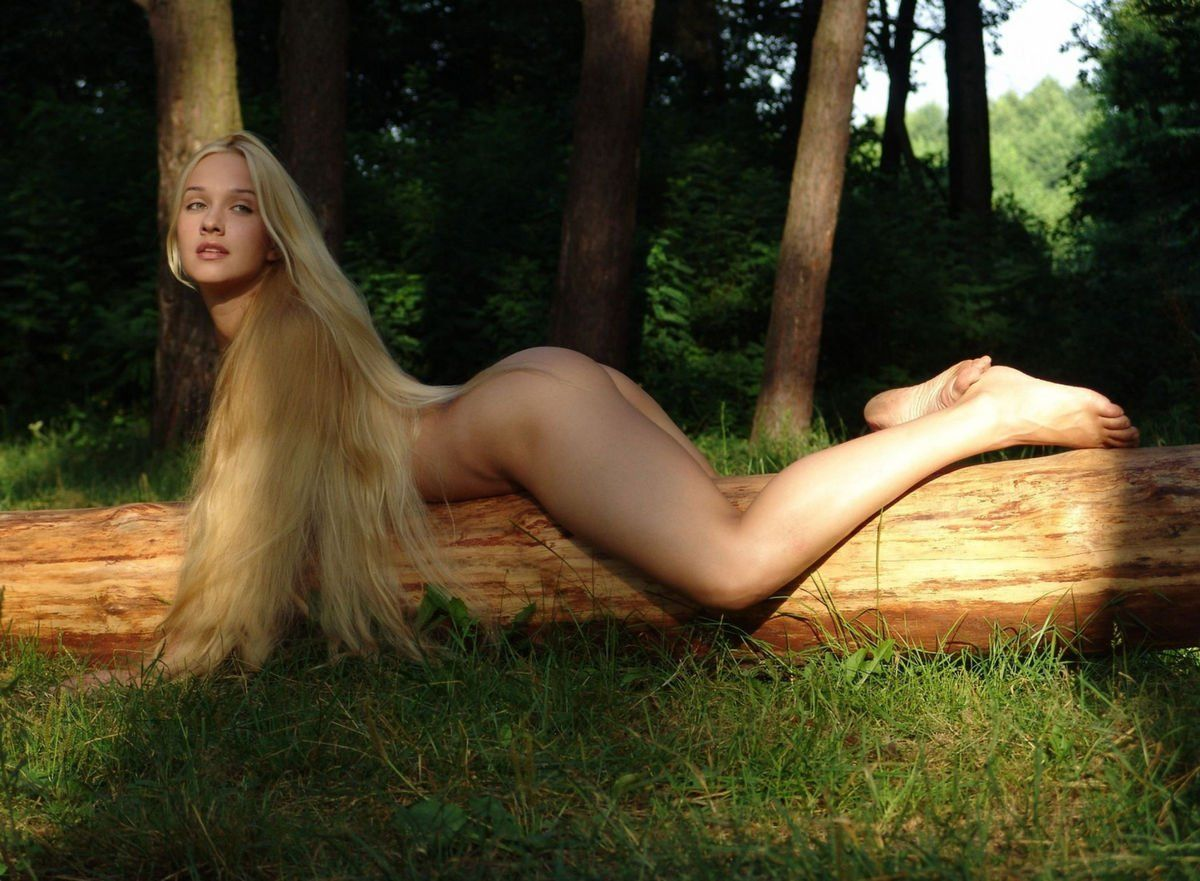 Nude girls with super long hair