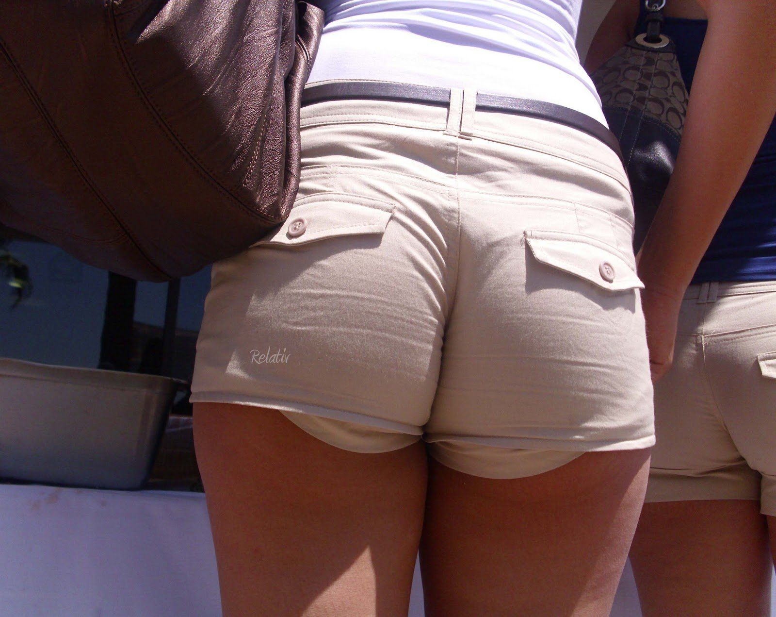 Big ass in shorts pics at round ass porn