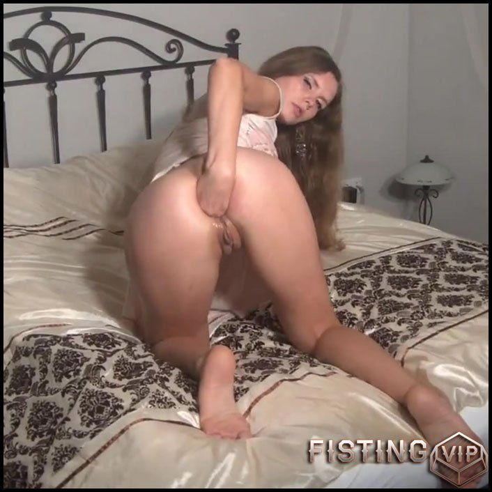 Snickerdoodle reccomend Pissing sister caught
