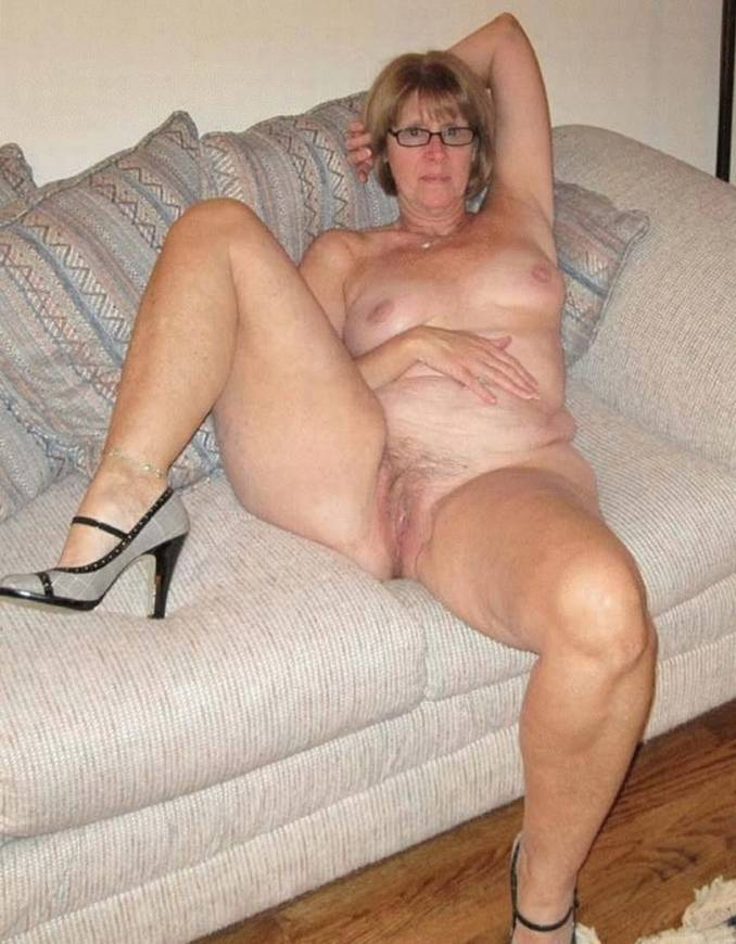 Foot heel her high in milf showing