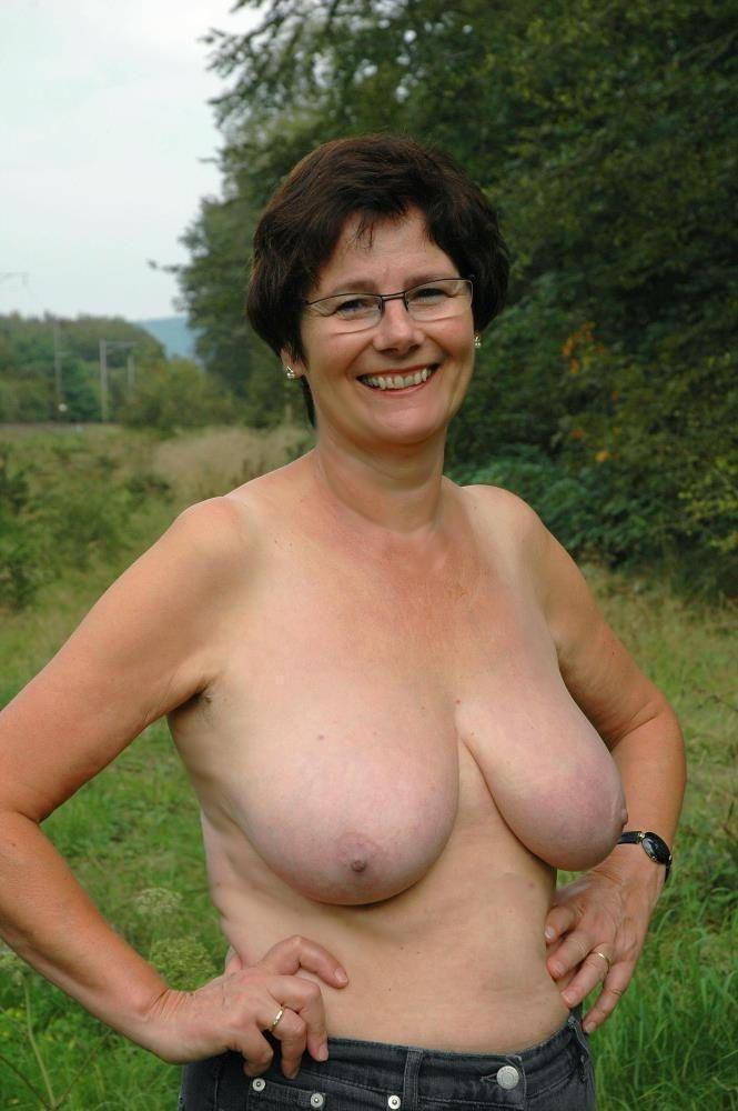 Scavenger reccomend Grannies shows tits