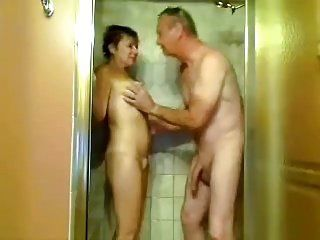Amater mature in shower