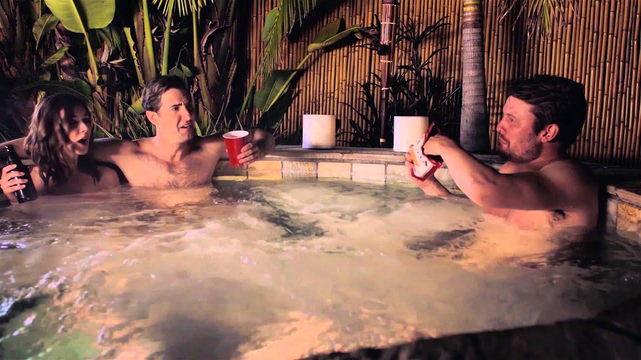 Vi-Vi reccomend Sims 2 objects swinger hot tub