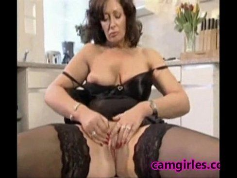 Free porn mature housewife