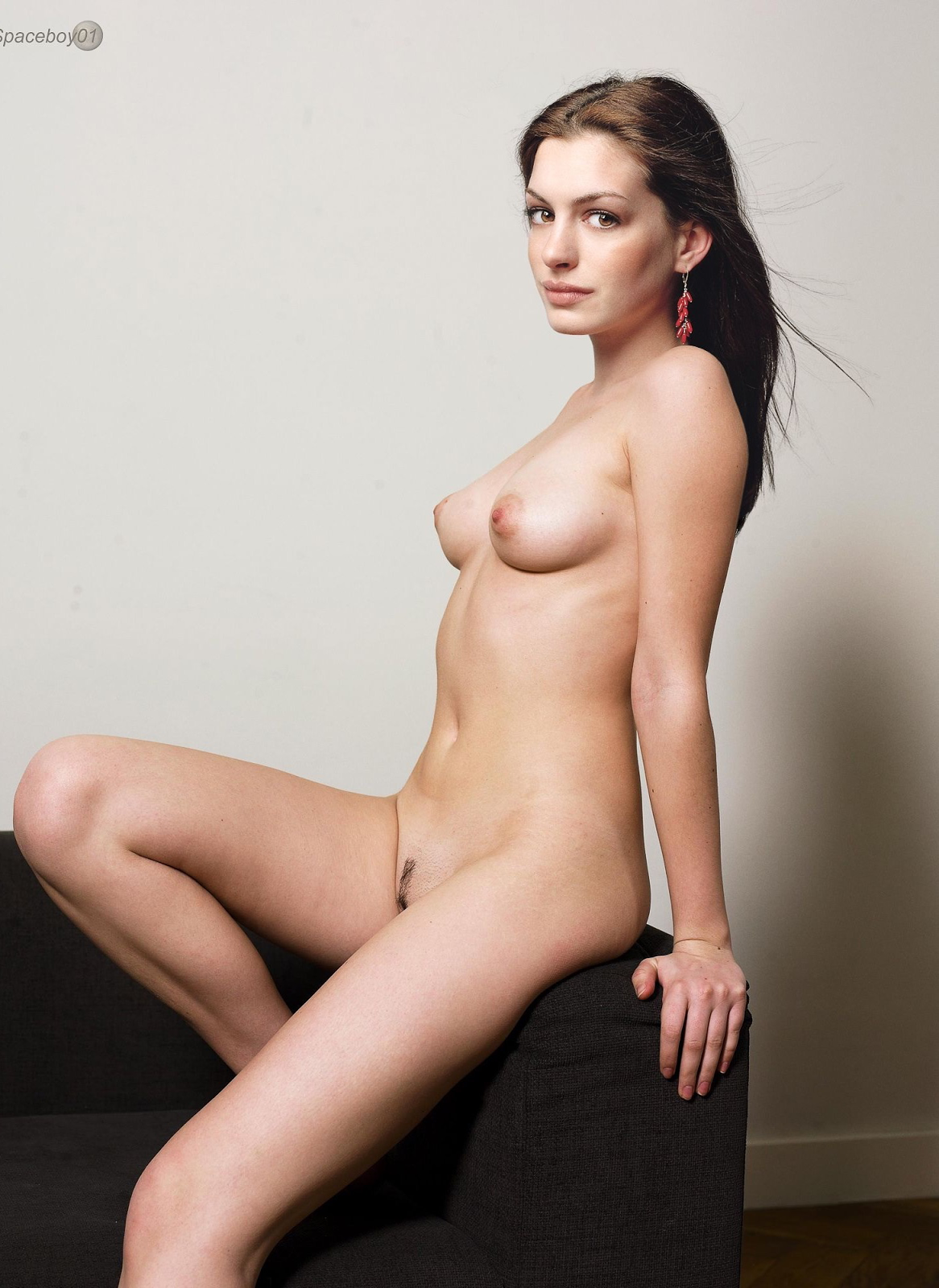 Anne hathaway nude images