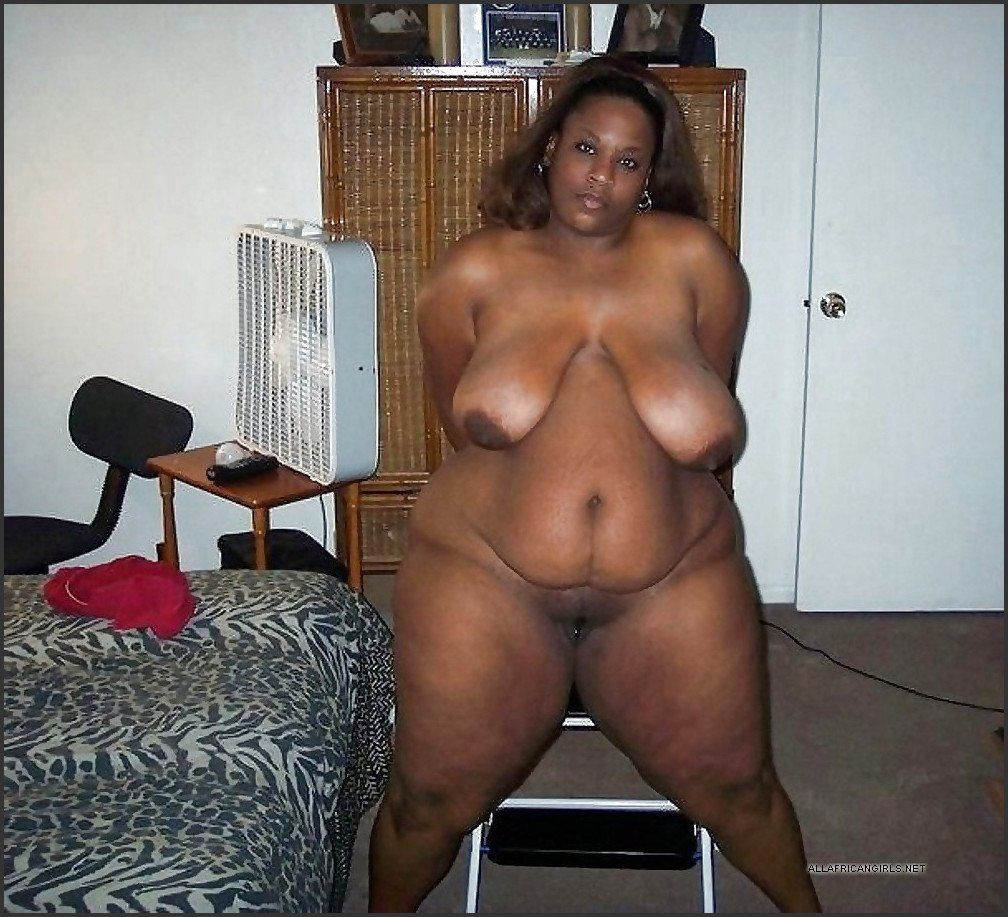 Fat fully nude women