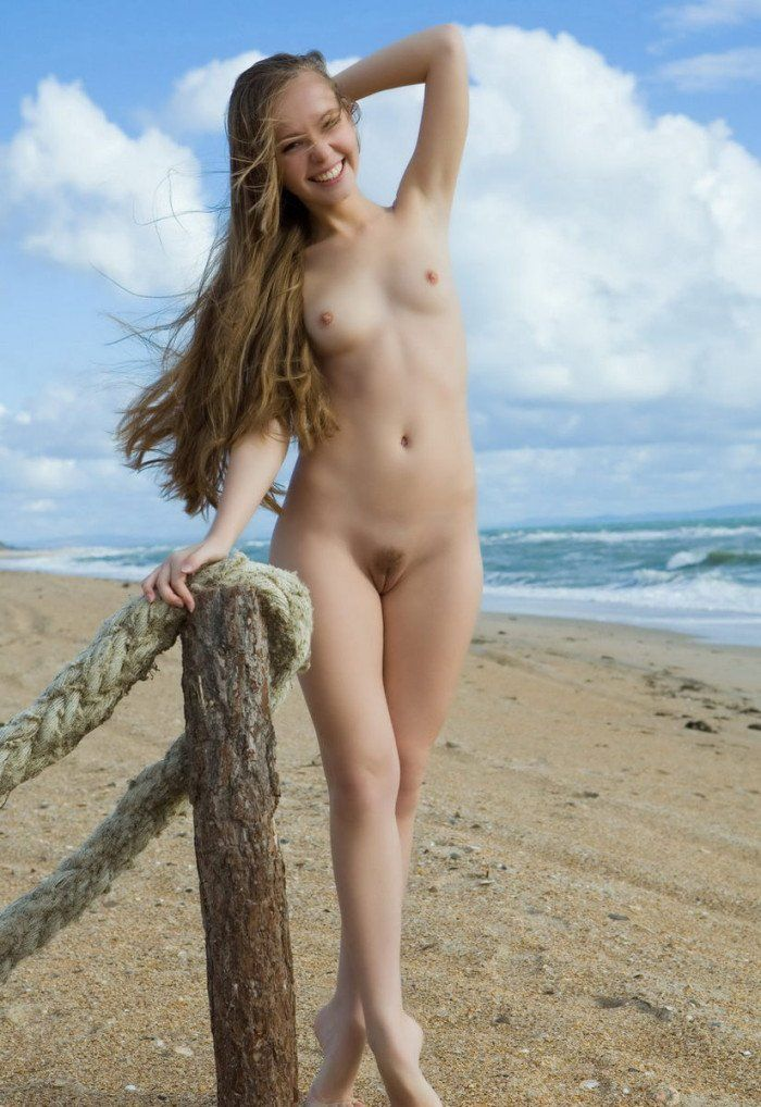 Gosling reccomend Nude girls with super long hair