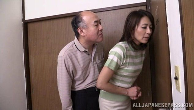 Hungry mature housewives
