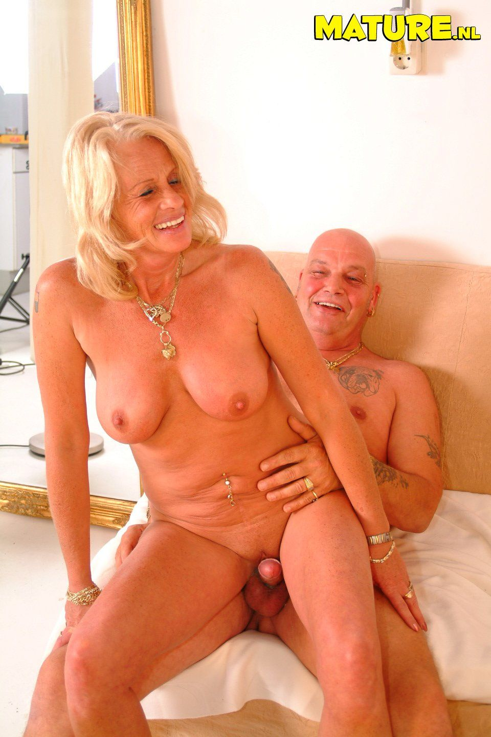 something hot blonde fucking machines idea and duly