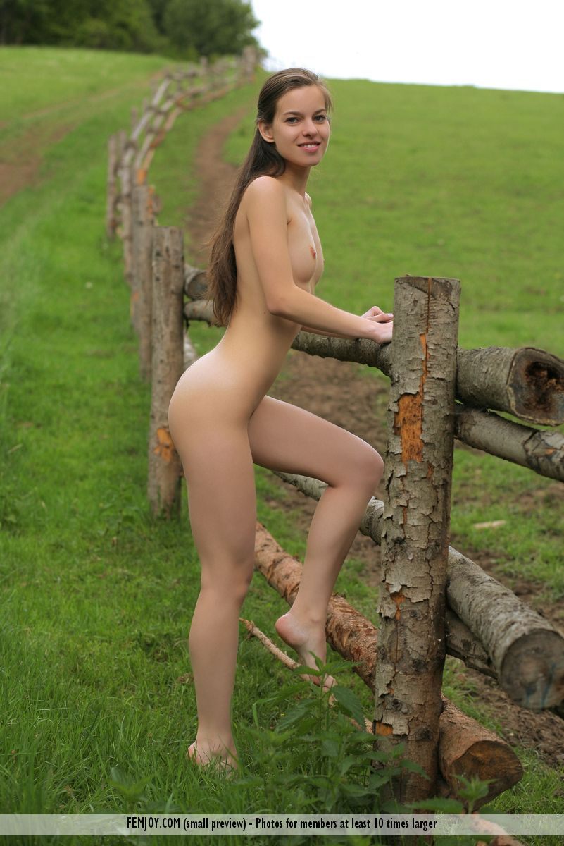 Nude irish girl