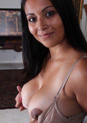 Latina topless thumbs