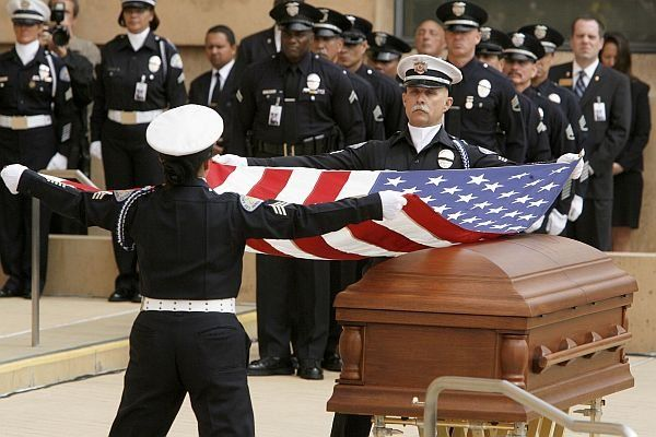 Jetson reccomend Chief daryl gates funeral