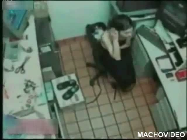 Mcdonalds worker strip search