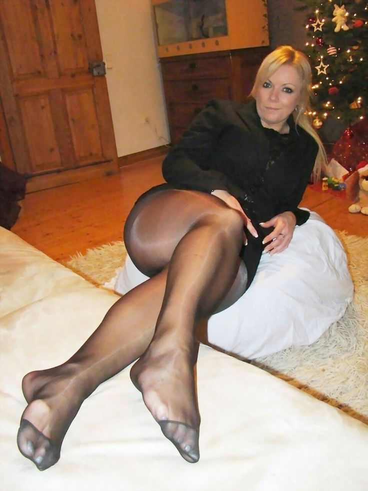 Pop R. reccomend Hot milfs in pantyhose porn