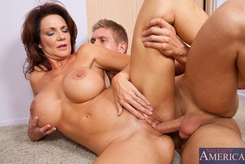 Hot horny mature fucks