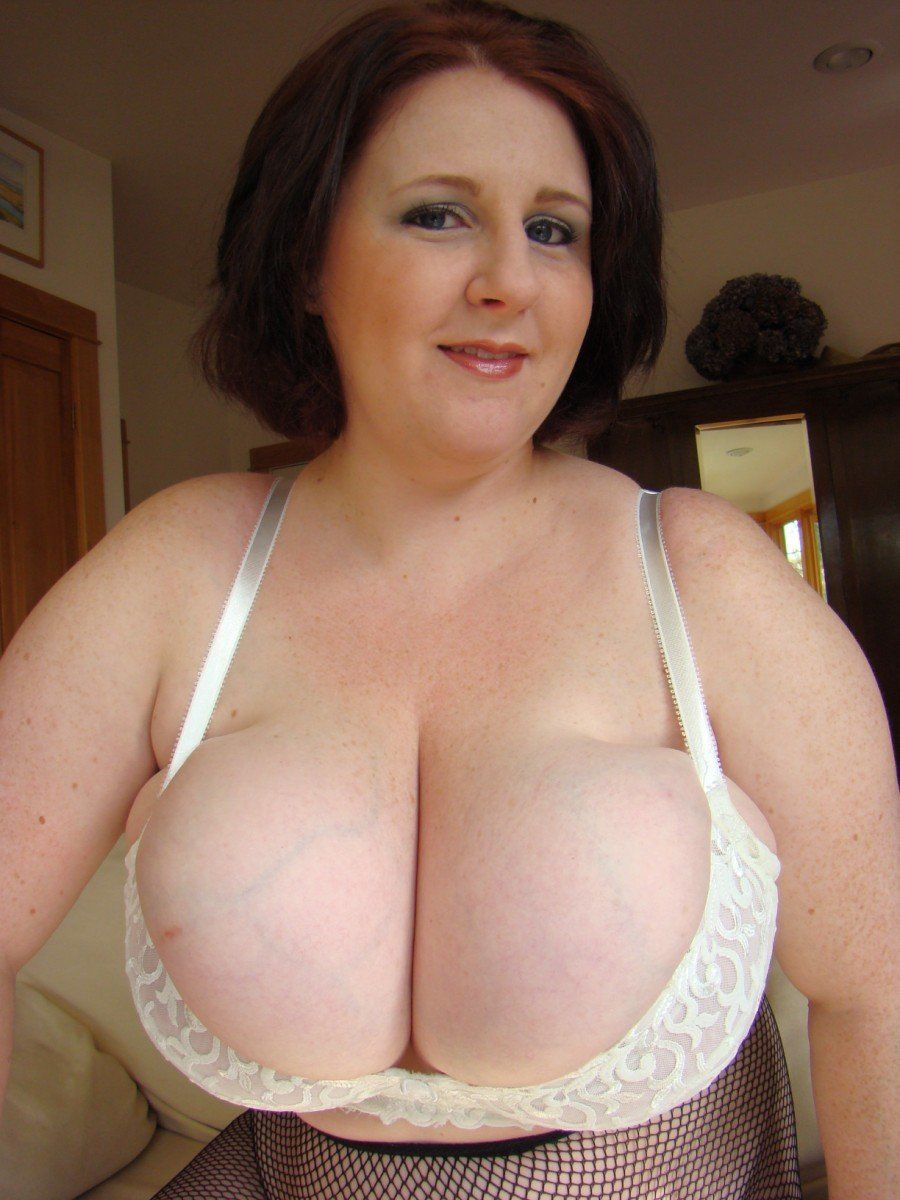 Bbw Huge Boobs Mom Porn large mature tits in bra - porn clips.