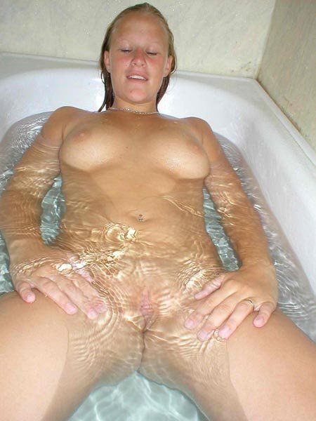 Fuck in water pic porn