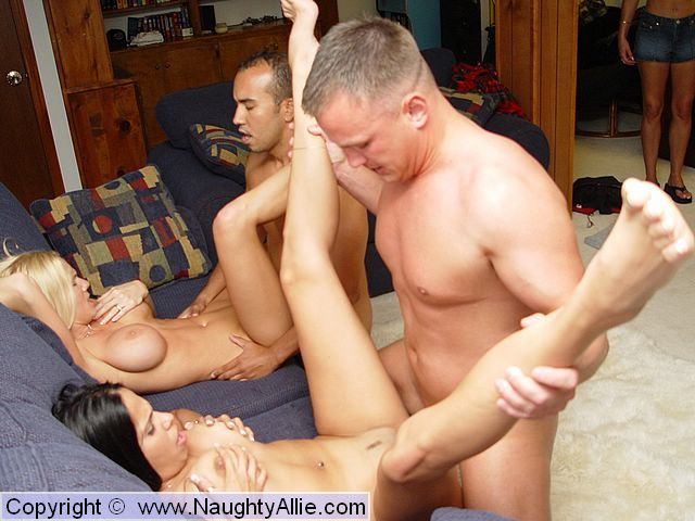 Daddy fucking her