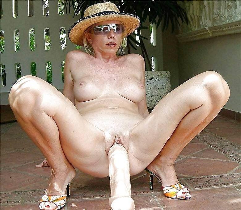 Carrie allen nude