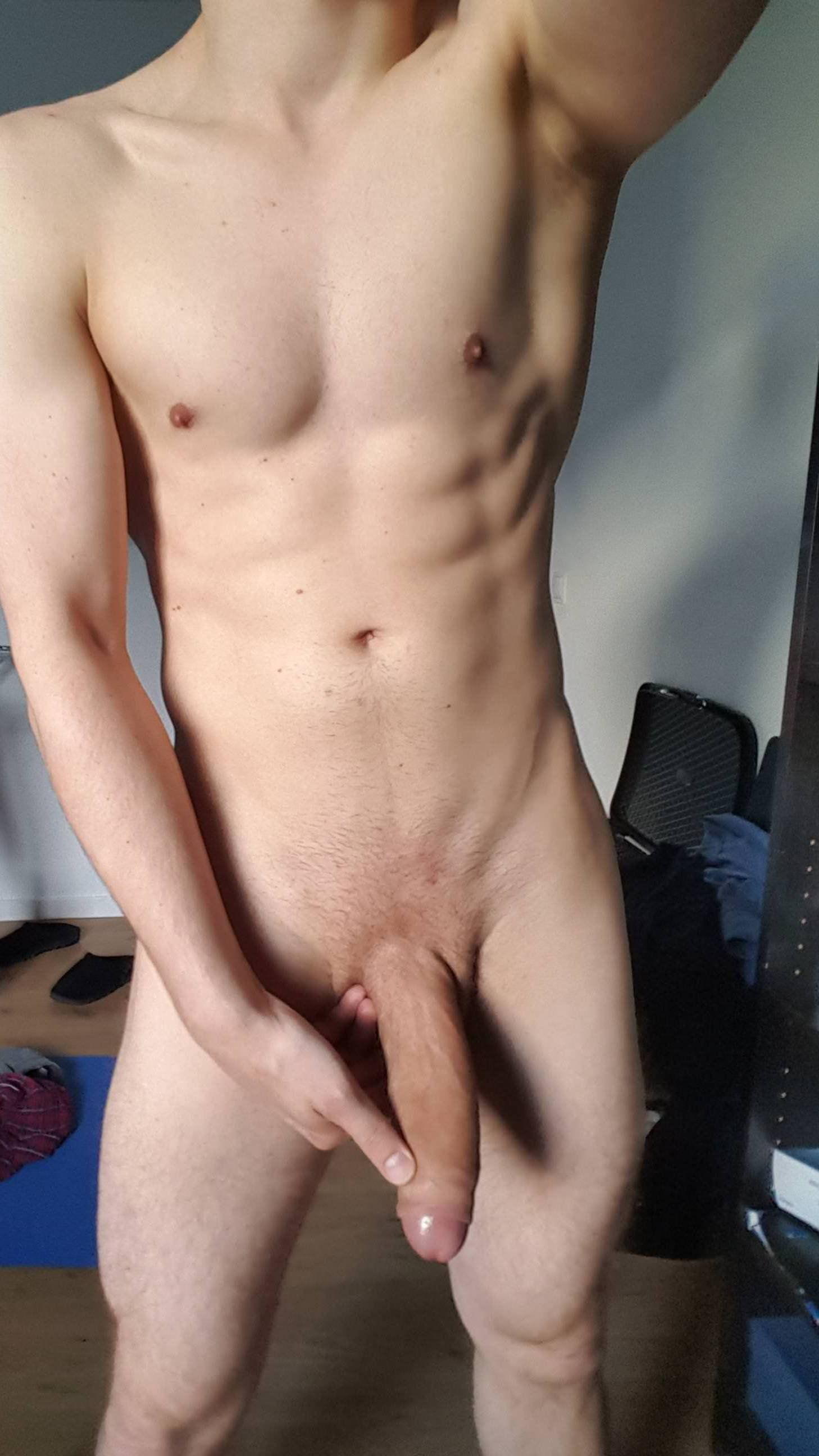 Wind reccomend Straight shaved dick